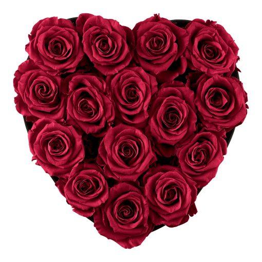 Herzförmige Rosenbox mit roten Infinityrosen von oben