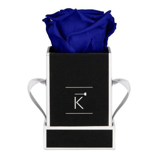 Eckige Rosenbox in schwarz weiß mit blauer Infinityrose