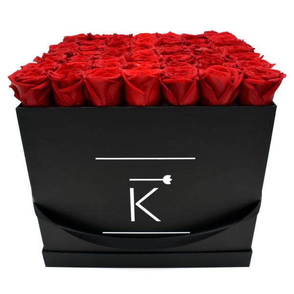 Rosenbox in Square mit Rote Rosen