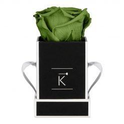 Kleine Rosenbox in schwarz weiß mit grüner Infinityrose