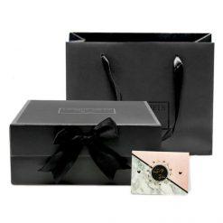 Geschenkbox mit Video, passender Tragetasche und Grußkarte