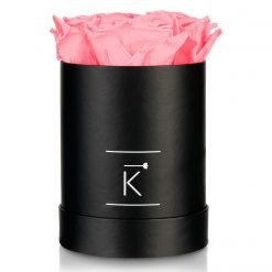 Kleine runde Rosenbox in schwarz mit pinken Infinityrosen