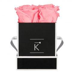 Eckige Rosenbox in schwarz weiß mit pinken Infinityrosen
