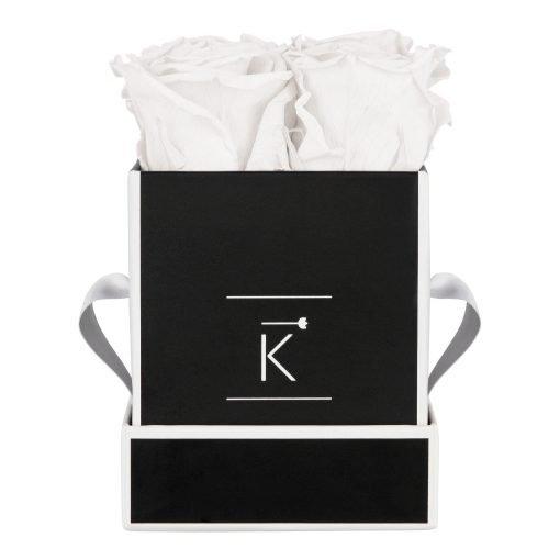 Eckige Rosenbox in schwarz weiß mit weißen Infinityrosen