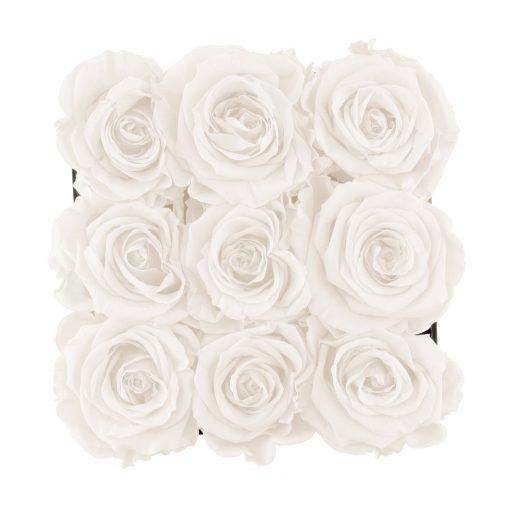 Eckige Rosenbox mit weißen Infinityrosen von oben