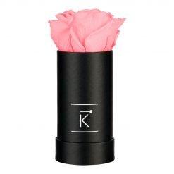 Kleine schwarze Rosenbox mit rosaner Infinityrose