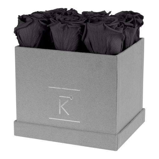 Eckige Rosenbox aus hellgrauem Samt mit schwarzen Infinityrosen