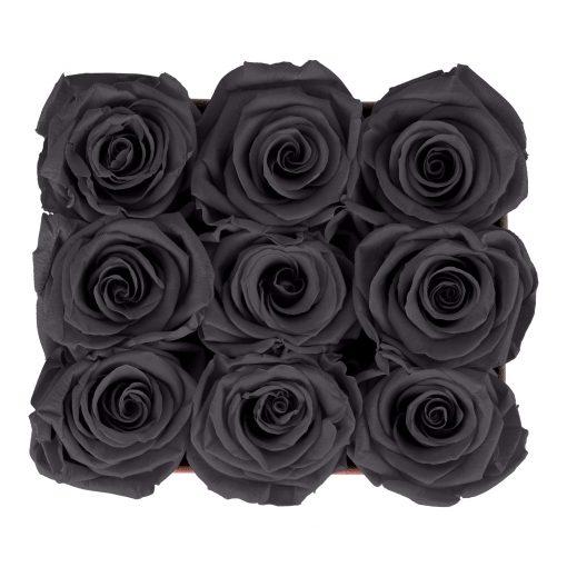 Eckige Rosenbox aus hellgrauem Samt mit schwarzen Infinityrosen von oben