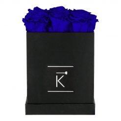 Eckige Rosenbox in schwarz mit blauen Infinityrosen
